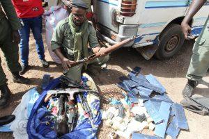 La douane saisit des armes de guerre