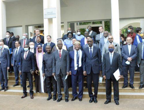 Transition au Mali: Le ministre des Affaires étrangères plaide la solidarité de la communauté internationale